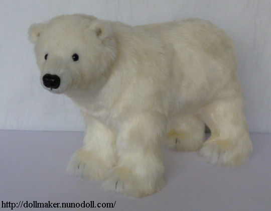 Stuffed polar bear / sew